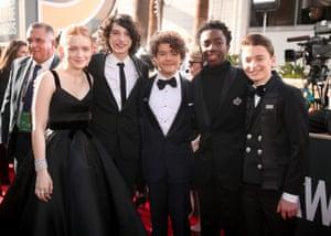 (l-r) Actors Sadie Sink, Finn Wolfhard, Gaten Matarazzo, Caleb McLaughlin and Noah Schnapp arrive to the 75th Annual Golden Globe Awards