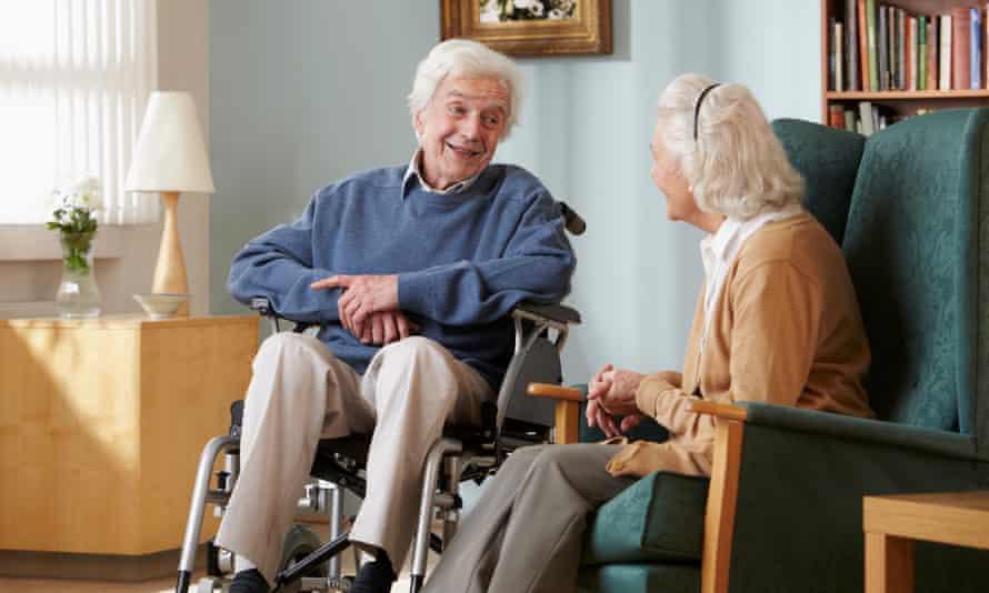 Senior couple in care home.