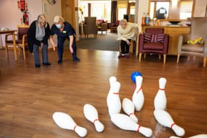 Yvonne Young with resident Bett O'Brien plays skittles at McKillop Gardens, East Kilbride