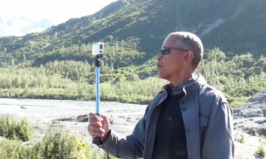 Barack Obama takes a selfie