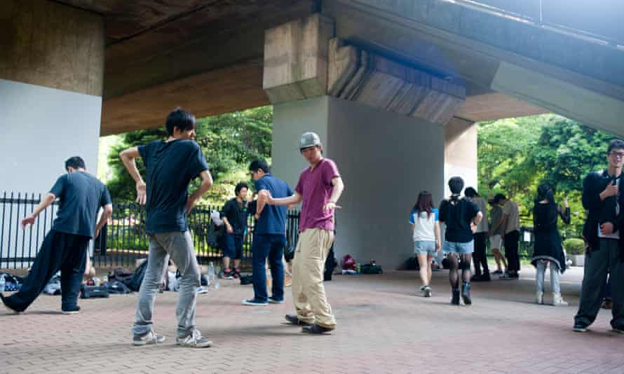 Teenagers at Yoyogi Park practising some moves.