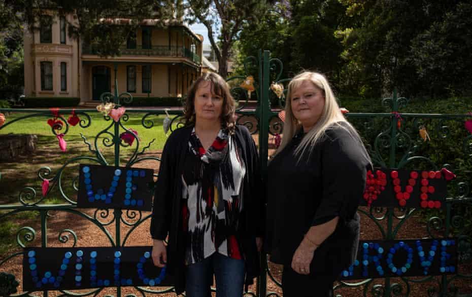 Dharug custodians Julie Jones and Michelle Locke in front of historic homestead Willow Grove