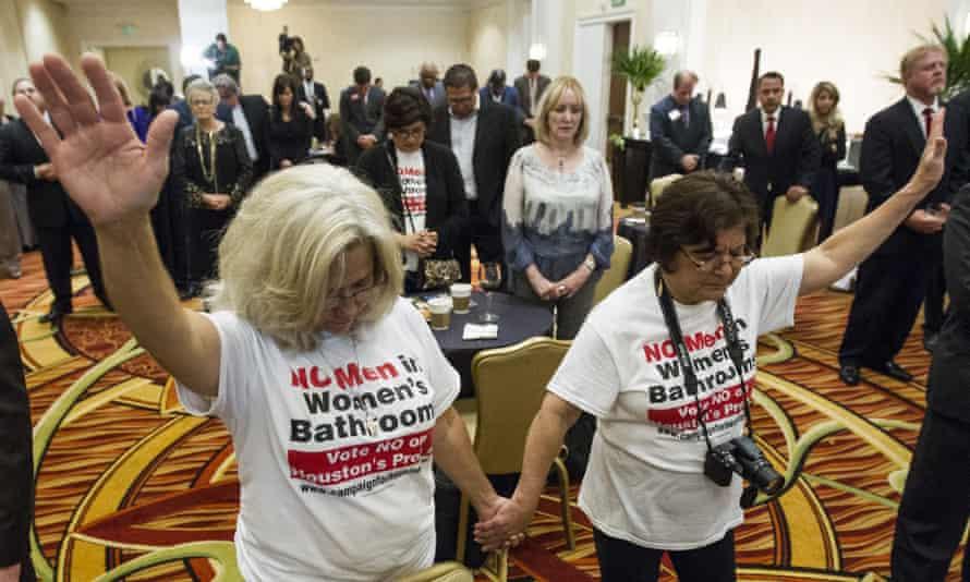 houston equal rights ordinance no men in women's bathrooms
