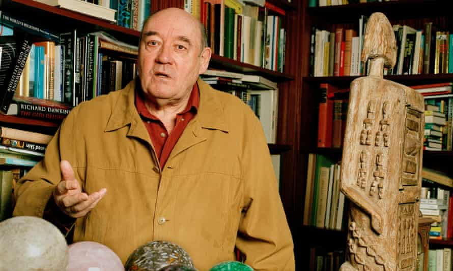 Desmond Morris at his home in Oxford in 2007.