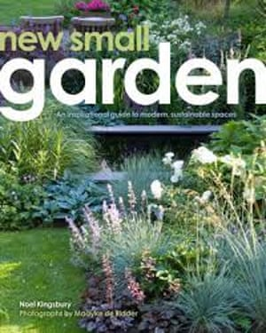New Small Garden by Noel Kingsbury (book cover)