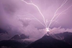 Lightning strikes a mountain