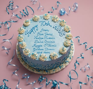 A cake iced with Happy 70th NHS