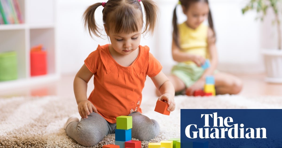 Supreme court rejects challenge to universal credit 'two-child limit'