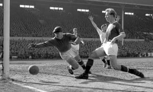 Harry Gregg playing for Manchester United against Tottenham in 1958.