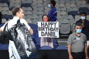 A spectator wishes happy birthday to Daniil Medvedev.