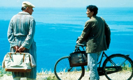 Philippe Noiret and Massimo Troisi in the 1994 film Il Postino, which was filmed on the island