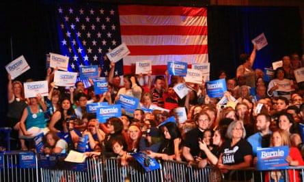 Bernie Sanders Dallas crowd
