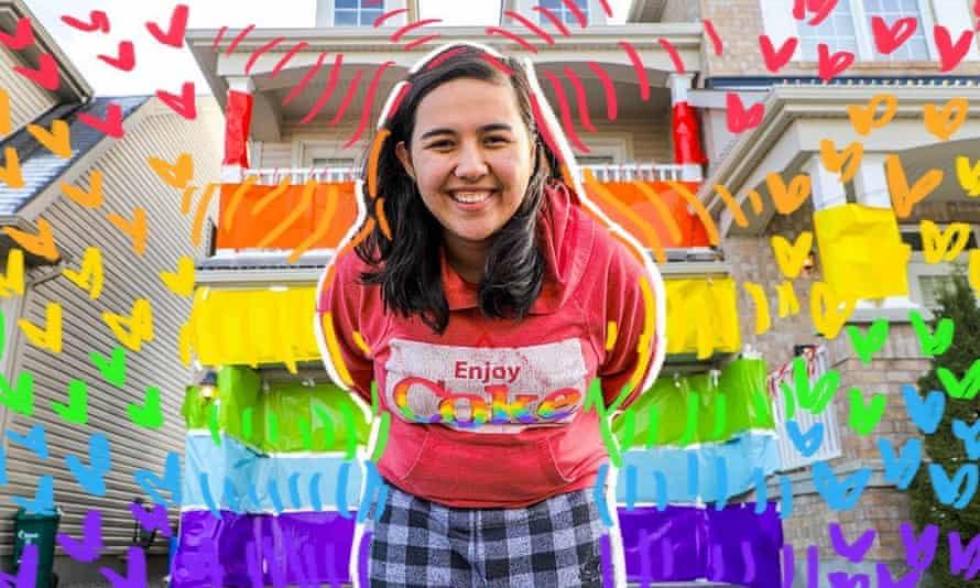 YouTuber Elle Mills