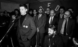 Bragg at the launch of Red Wedge, an initiative to get young people interested in politics, in 1985.