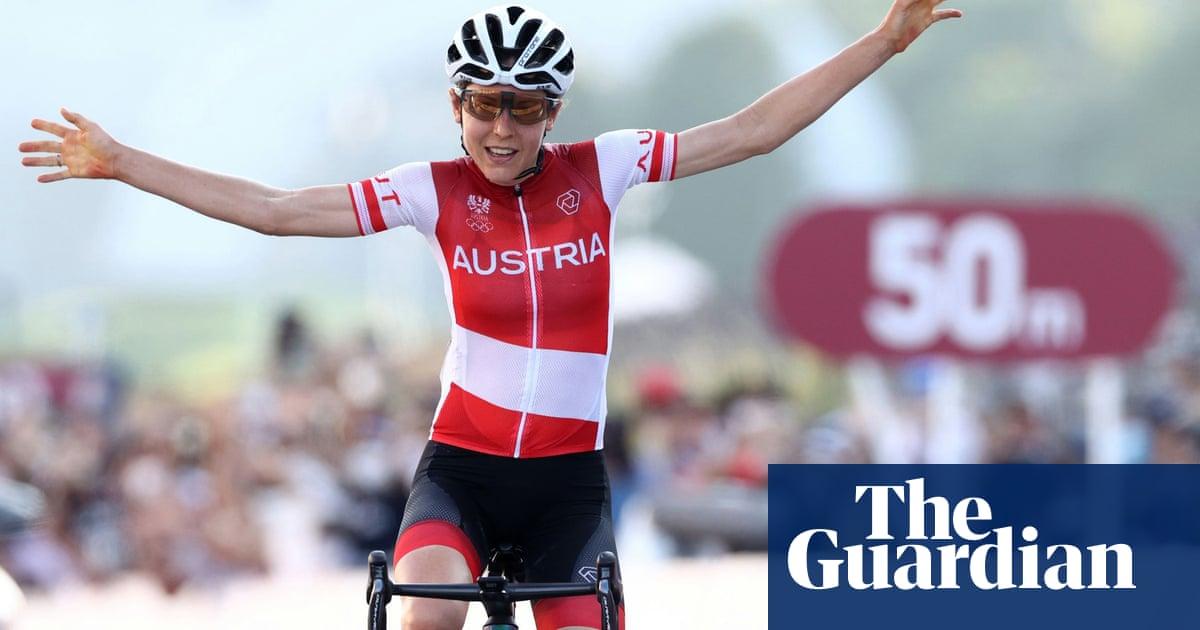 Anna Kiesenhofer claims shock road race glory as Van Vleuten mistakes silver for gold