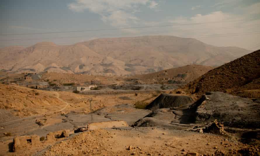 A view of coal fields in Mach, Balochistan