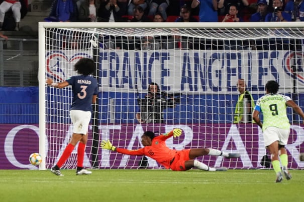 Wendie Renard's twice-taken penalty pushes France past