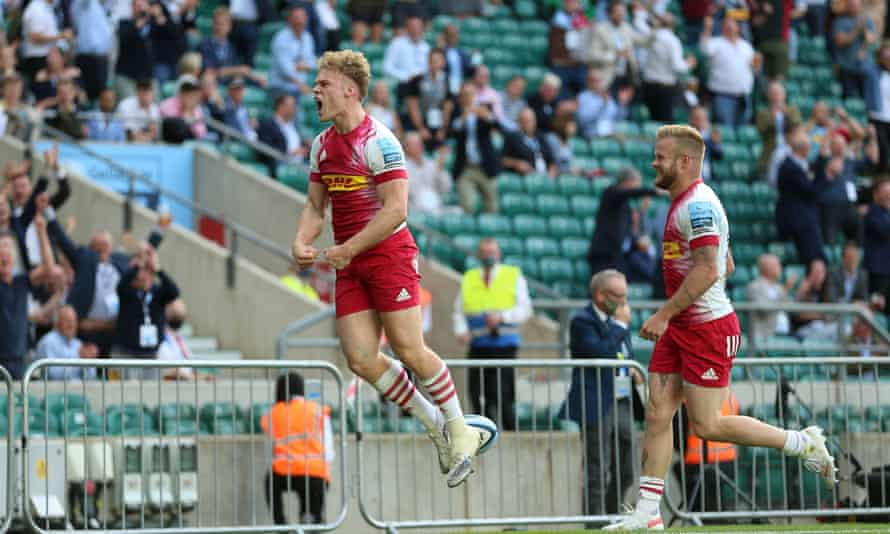 Harlequins' Louis Lynagh celebrates his late try, which proved to be pivotal.