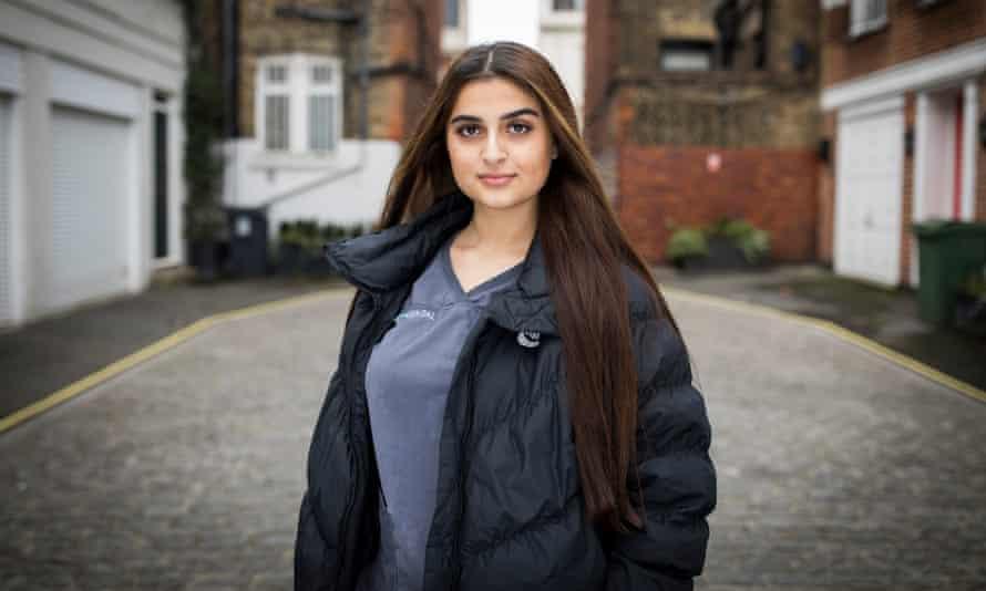 Lina Khalid, dental nurse trainee