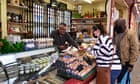 UK's independent shops record first rise in four years as chains suffer