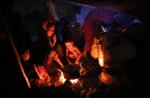 Rohingya families spend the night in outdoors at Cox's Bazar in Bangladesh on September 03, 2017