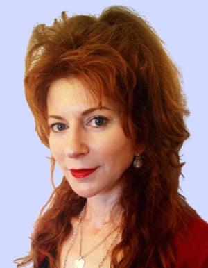 Alison Goodman image author of The Dark Days Club