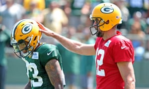 Aaron Rodgers Attacks Piss Poor Receivers As Nfl Pre