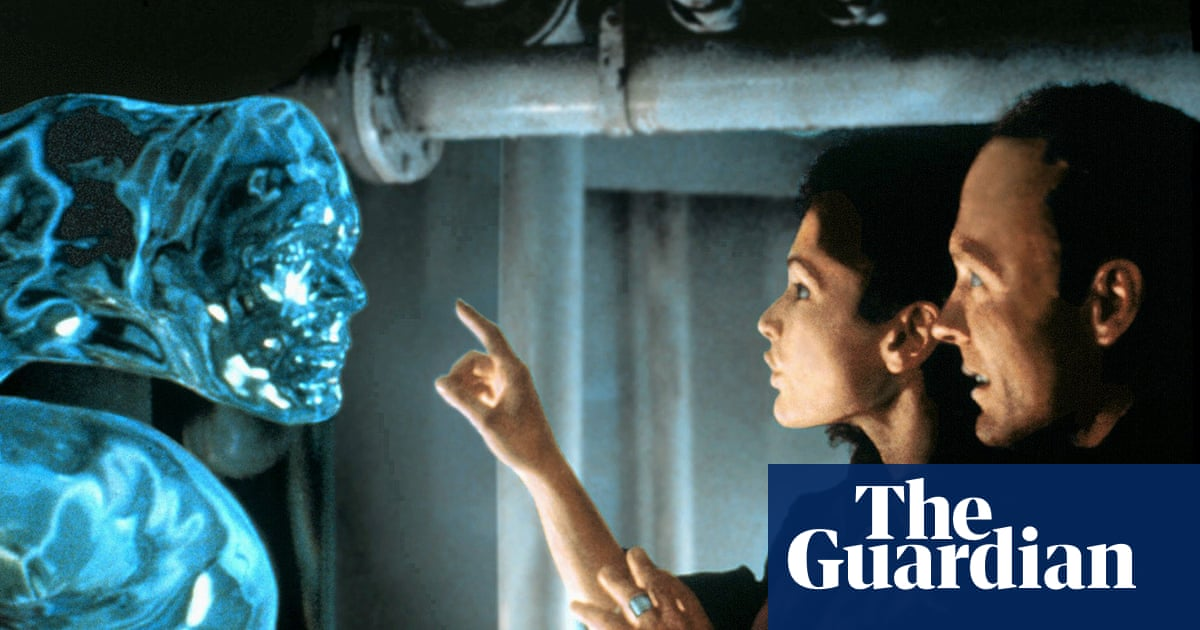 The Abyss at 30: why James Camerons sci-fi epic is really about love