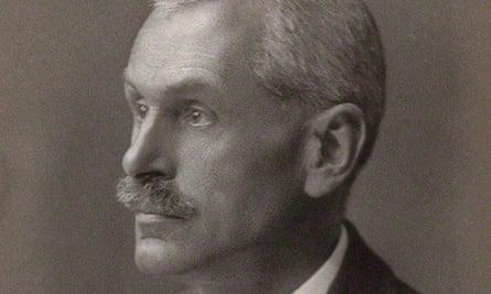 Prof Arthur Boycott