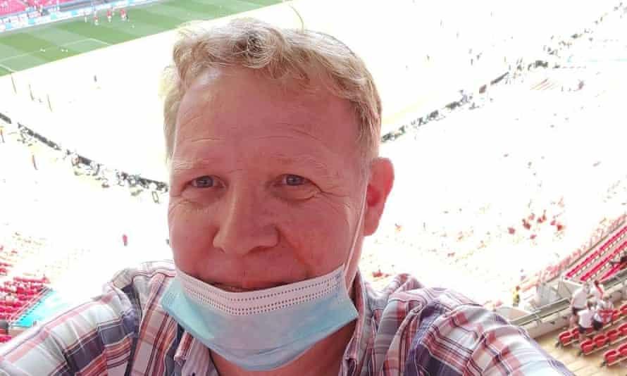 Simon Price, 54