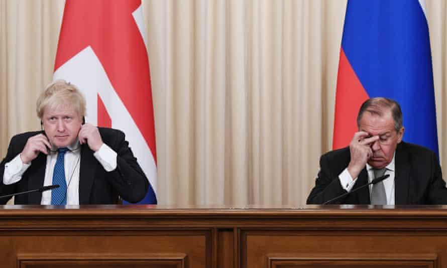 Boris Johnson and Sergei Lavrov in Moscow