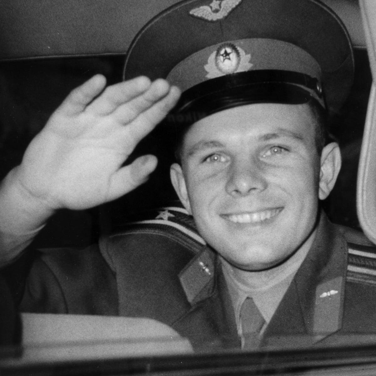 Retiring cosmonaut Yuri Gagarin visits London – archive, 1961 | Yuri Gagarin  | The Guardian