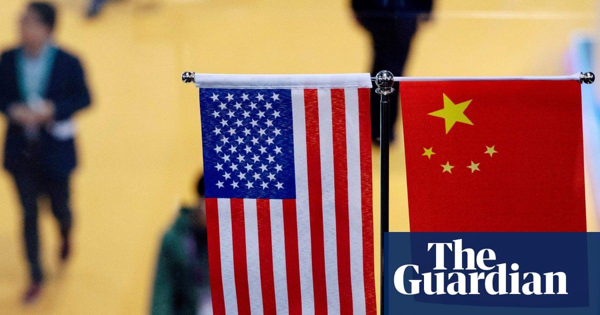 US and China begin imposing new tariffs as trade war escalates