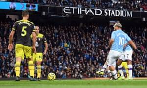 Sergio Aguero score's Manchester City's equaliser.
