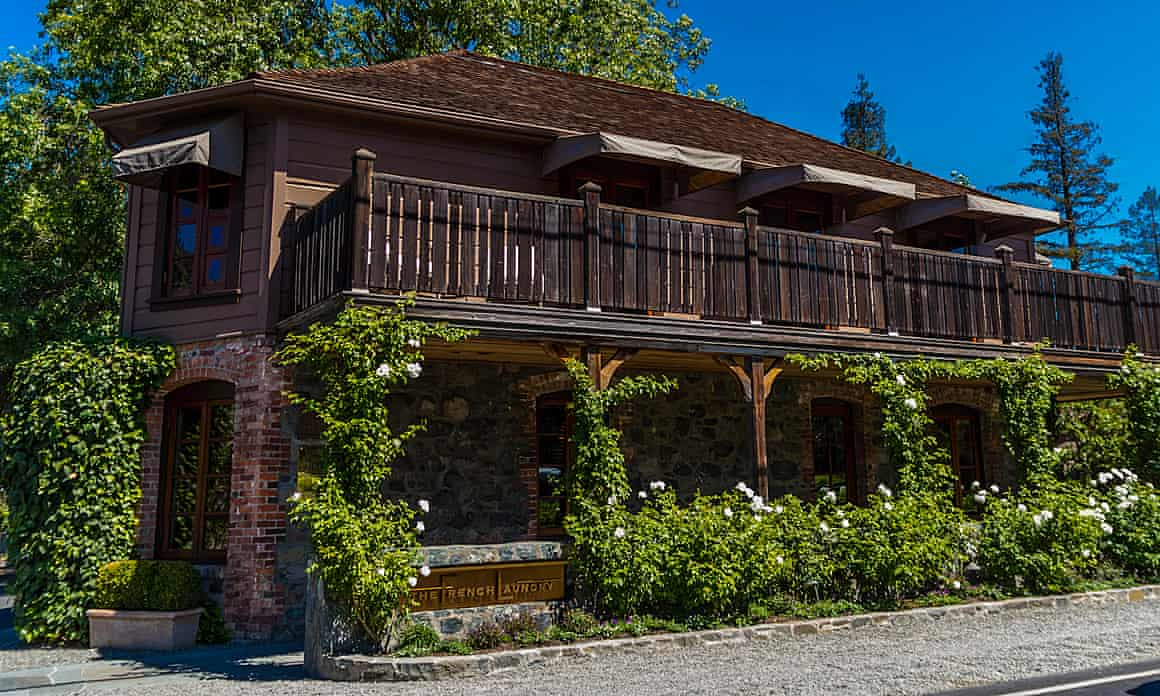 The French Laundry offers a number of different dining experiences, including outside dining with a tasting menu for $350 per person, indoor dining for $450 per person, or a white truffle and caviar dinner for $1,200 per person.