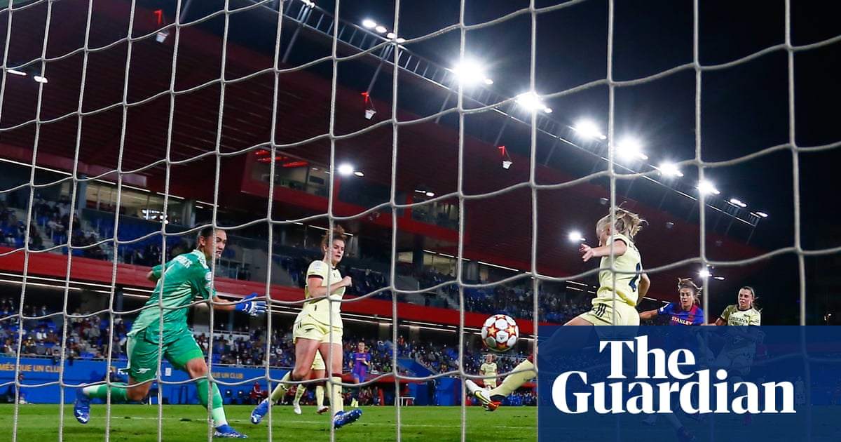 Barcelona pay homage to Cruyff by teaching Arsenal harsh WCL lesson