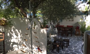 Kivotos ton Gefseon, Milos, Greece
