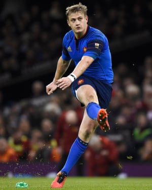 France's Jules Plisson kicks France back into the game.