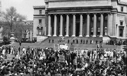 Demonstrators and students protest at the plaza in front of Columbia University's Low Memorial Library in New York on 27 April 1968.