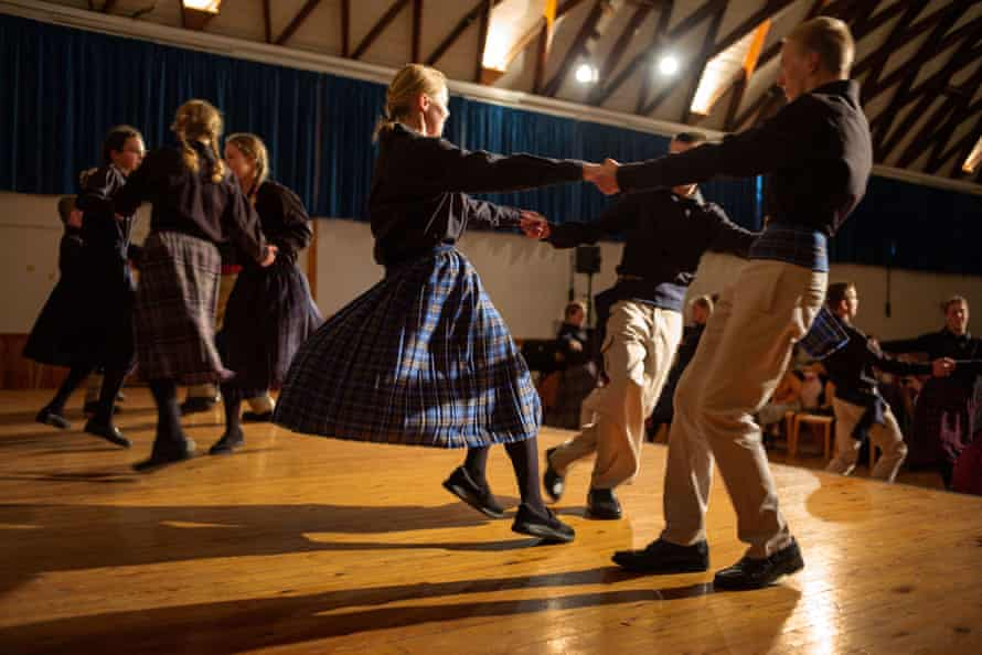 School performance, Folk dancing, Beechgrove, Kent