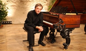 An important and fascinating disc … Cyril Huvé