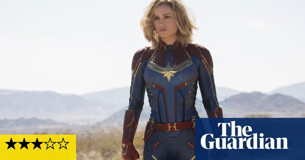 Captain Marvel review – Brie Larson kicks ass across the universe