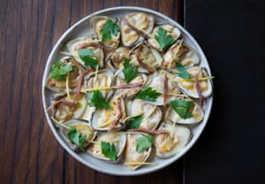 Steamed clams, anchovy butter, preserved lemon and parsley