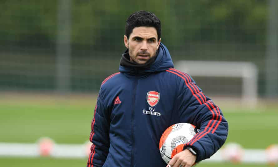 Mikel Arteta takes a training session at Arsenal's Colney centre