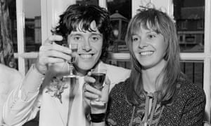 Donovan with his wife Linda Lawrence, October 1970