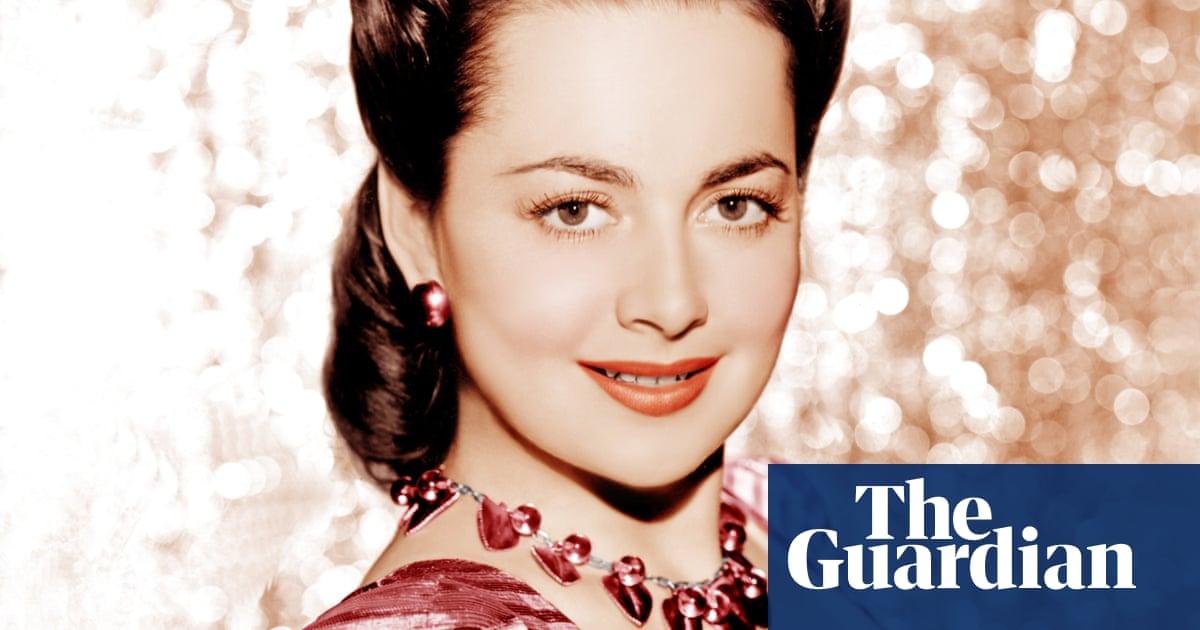 Olivia de Havilland: Hollywood's queen of radiant calm | Peter Bradshaw