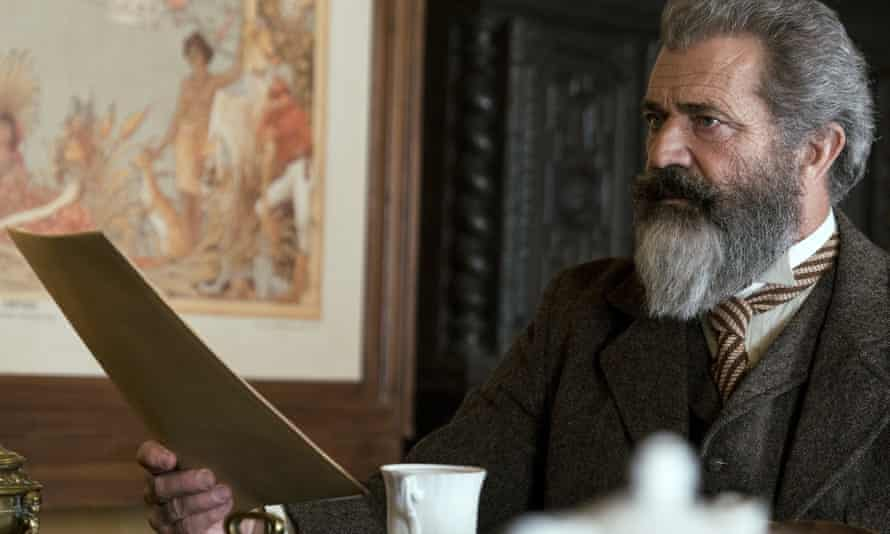 Mel Gibson as Dr James Murray in The Professor and the Madman (2019), based on The Surgeon of Crowthorne.
