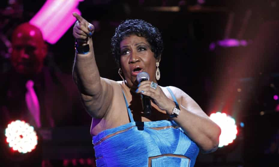 Aretha Franklin performing during the BET Honors ceremony, 14 January 2012.