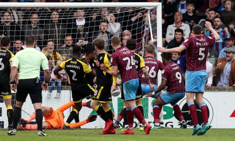Scunthorpe scramble late 2-2 draw with Rotherham in League One play-off