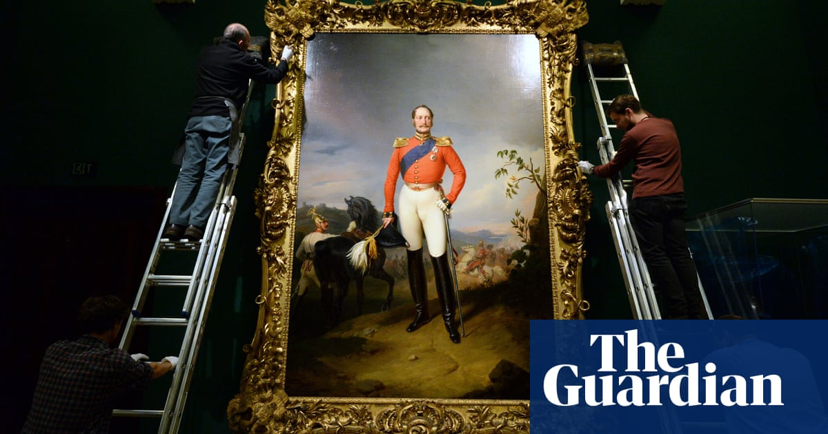 Vast Nicholas I portrait unveiled as Russians storm palace